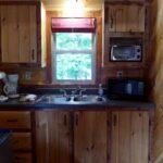 French Ridge Vineyards Cabin — Kitchenette
