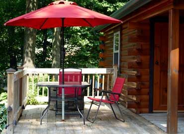 French Ridge Vineyards Cabin — Private Deck